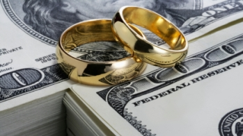 Rings on money