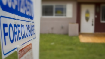 7 smart moves for buying a foreclosure